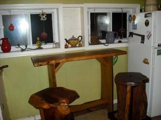 bar-style-table