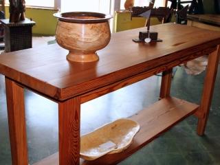 heart-pine-sofa-table
